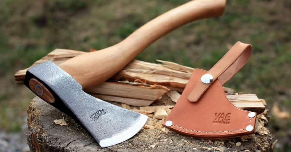 Best Camping Hatchet Sep 2017 Buyer S Guide Amp Reviews