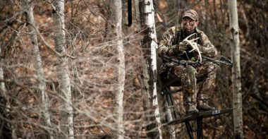 Best Climbing Tree Stand – Buyer's Guide