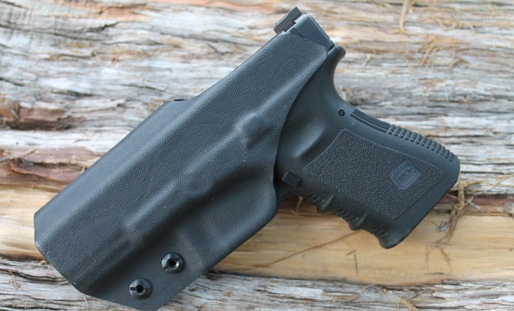 Best IWB Holster For Glock 19: Picking The Right Choice